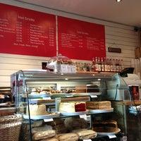 Foto tirada no(a) Cinnamon Coffee Shop por Squeals em 3/5/2013
