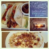 Das Foto wurde bei Cafe Caturra von Jennie T. am 1/4/2013 aufgenommen