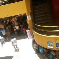 365dab582e31 ... Foto tomada en Galería El Dorado por Julio S. el 2 18 2014