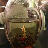 Das Foto wurde bei Eterni-Tea von Victor B. am 1/13/2013 aufgenommen