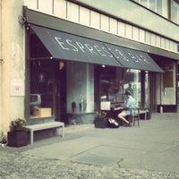Снимок сделан в EMA espresso bar пользователем Tereza S. 8/22/2013