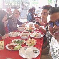 Photo Taken At Dapur Siam Tanjung Malim By Muhd S On 5 29