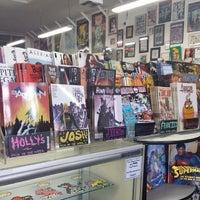 Снимок сделан в Meltdown Comics and Collectibles пользователем Meltdown C. 12/11/2013