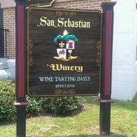 Foto tirada no(a) San Sebastian Winery por Kerry T. em 7/2/2012