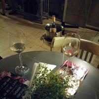 Снимок сделан в Vintage Boutique Wine Cellar пользователем Inna 8/17/2015