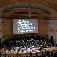 Foto scattata a Stern Auditorium / Perelman Stage at Carnegie Hall da Evelyn H. il 11/3/2018