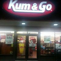 Foto tomada en Kum & Go por Knick B. el 7/27/2016