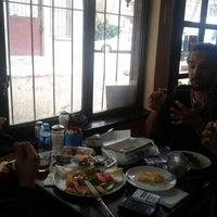 รูปภาพถ่ายที่ Beyoğlu Cafe โดย Alper Y. เมื่อ 3/26/2013