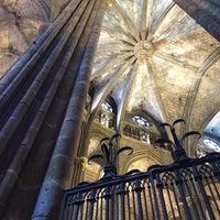 Foto tomada en Catedral de la Santa Cruz y Santa Eulalia por Oliver S. el 6/20/2013