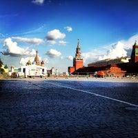 Снимок сделан в Красная площадь пользователем Tasha Frambu 7/24/2013
