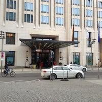 4/12/2013にAbt Daniil I.がThe Ritz-Carlton, Berlinで撮った写真