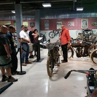 Photo prise au Motorcyclepedia Museum par Motorcyclepedia Museum le11/22/2015