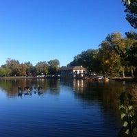Снимок сделан в Washington Park пользователем Zhou Mei Juan R. 10/2/2012