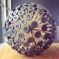 Foto tomada en Museo de Arte Moderno (MoMA) por Matthew P. el 6/18/2013