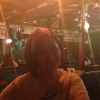 Foto diambil di La Vraie Ambiance Cafe & Restaurant oleh Arzu D. pada 6/19/2013