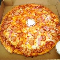 Das Foto wurde bei Firehouse Pizza von Tracy P. am 5/16/2013 aufgenommen