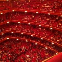 Снимок сделан в Lincoln Center for the Performing Arts пользователем Ryan W. 12/11/2012