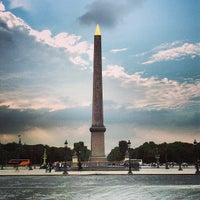 Das Foto wurde bei Obelisk von Luxor von Denis L. am 8/27/2013 aufgenommen