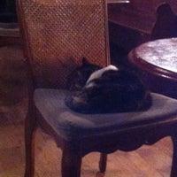 Das Foto wurde bei The Blind Beggar von Pablo d. am 11/4/2012 aufgenommen
