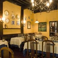 Foto scattata a A Taberna Restaurante da Reyes V. il 8/27/2017