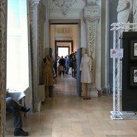 รูปภาพถ่ายที่ Castello Di Belgioioso โดย Alena เมื่อ 4/21/2013