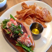 Foto diambil di East Hampton Sandwich Co. oleh PoP O. pada 1/6/2013
