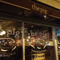 Photo prise au The Pig par Kevin K. le11/29/2012