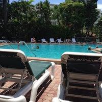 Foto diambil di Riverside Hotel oleh Stephen D. pada 7/28/2013