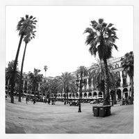 Foto tomada en Plaza Real por Carlos R. el 4/26/2013