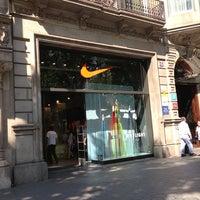 Tormenta Cámara fotografía  Nike Store - La Dreta de l'Eixample - 17 tips from 1946 visitors