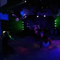 ночном клубе слава