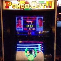 6/29/2013にPhil B.がHeadquarters Beercadeで撮った写真