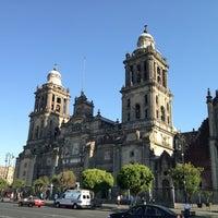 Foto tirada no(a) Catedral Metropolitana de la Asunción de María por Richard L. em 4/3/2013