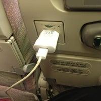 Снимок сделан в Lufthansa Flight LH 627 пользователем Nouf 9/15/2013