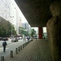 Foto scattata a Museu de Arte de São Paulo (MASP) da Rachel M. il 11/3/2012