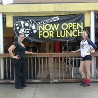 Foto tirada no(a) Blowfish Bar & Grill por Danielle J. em 11/17/2013