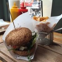 1/21/2016에 Markus Y.님이 BurgerArt에서 찍은 사진