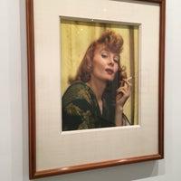 รูปภาพถ่ายที่ Bruce Silverstein Gallery โดย Eva W. เมื่อ 7/6/2016