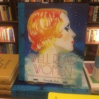 10/10/2016에 Eva W.님이 Rizzoli Bookstore에서 찍은 사진