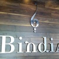 Foto tirada no(a) Bindia Indian Bistro por SammyJay em 6/21/2014