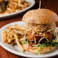 Foto tirada no(a) Bourbon Street Bar & Grille por Bourbon Street Bar & Grille em 9/17/2015