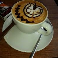 Foto tirada no(a) Kahve Deryası por ❤ İLaYDa ❤ em 6/2/2013