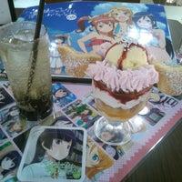 รูปภาพถ่ายที่ グッドスマイル×アニメイトカフェ 秋葉原 โดย ふ~ เมื่อ 5/30/2013