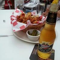 6/30/2013 tarihinde Yaren K.ziyaretçi tarafından Diesel Diner'de çekilen fotoğraf