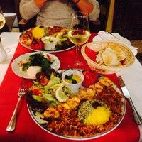 Das Foto wurde bei Kish Restaurant von Semra C. am 12/28/2014 aufgenommen