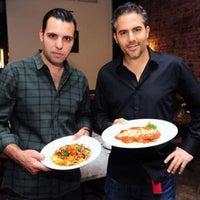 Foto scattata a Galli Restaurant da Galli Restaurant il 8/14/2013