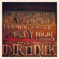 Foto diambil di Mortimer's Cafe & Pub oleh Anya B. pada 7/1/2013