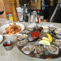 Photo prise au Henlopen City Oyster House par Ed G. le3/2/2013