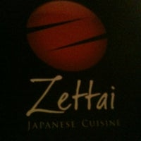 Foto tirada no(a) Zettai - Japanese Cuisine por Kadu Z. em 4/17/2013