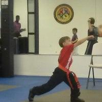 Foto tomada en ATA Karate por Beth S. el 8/8/2014